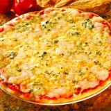 3-quesos-pizza